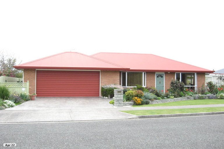 Photo of property in 7 Hoult Crescent, Monaco, Nelson, 7011