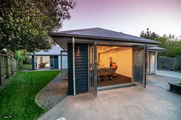 Property photo for 13A Riley Crescent, Woolston, Christchurch, 8023