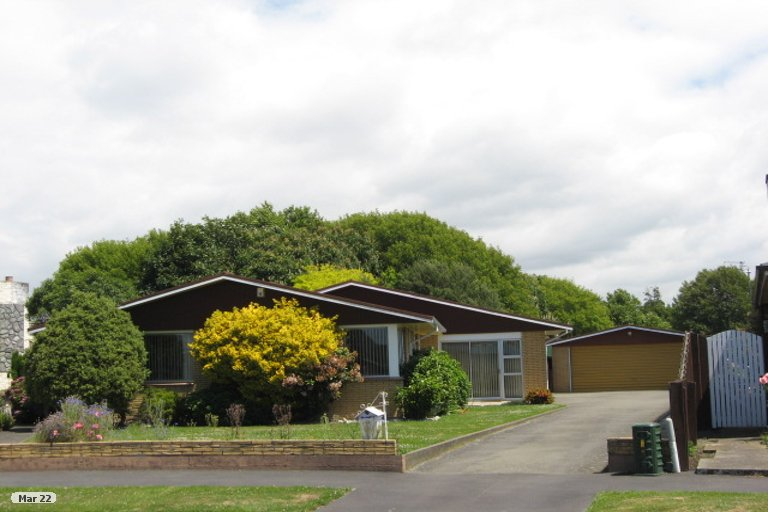 Property photo for 16 Gow Place, Woolston, Christchurch, 8062