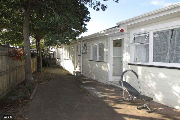 Photo of property in 1 Georges Drive, Napier South, Napier, 4110