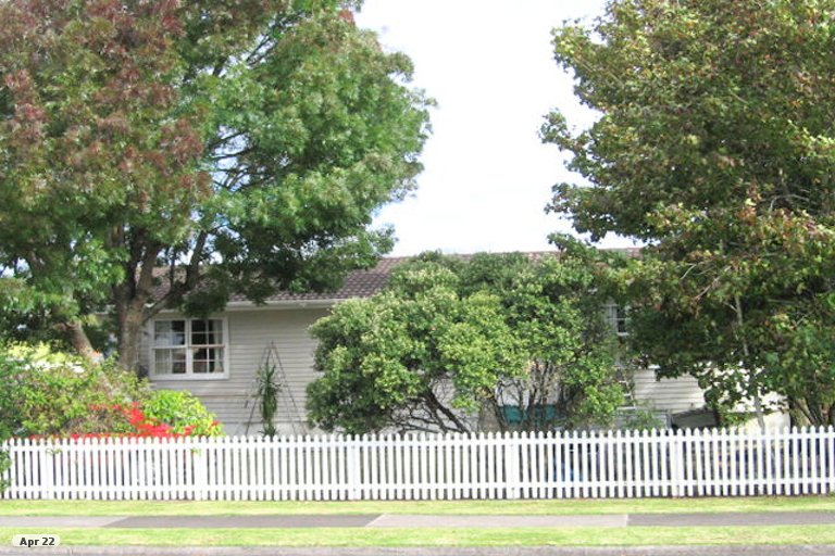 Property photo for 75 Sunderlands Road, Half Moon Bay, Auckland, 2012