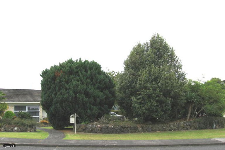Property photo for 1 Springfield Street, Forrest Hill, Auckland, 0620