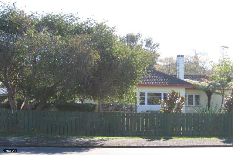Property photo for 8 Windsor Road, Maeroa, Hamilton, 3200