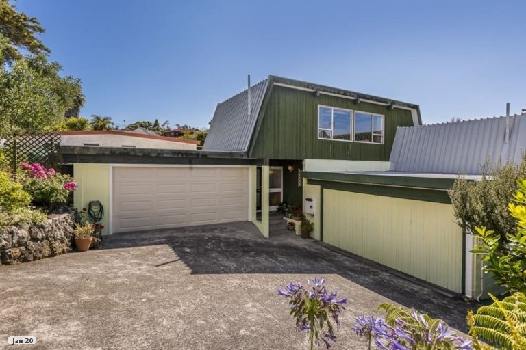 Property photo for 1/8 Long Street, Torbay, Auckland, 0630