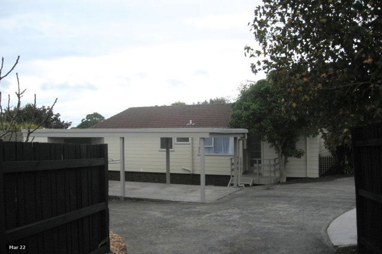 Property photo for 10A Glenshee Place, Highland Park, Auckland, 2010