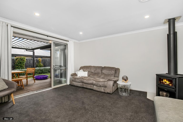 Property photo for 4 Vivien Place, Patumahoe, Pukekohe, 2679