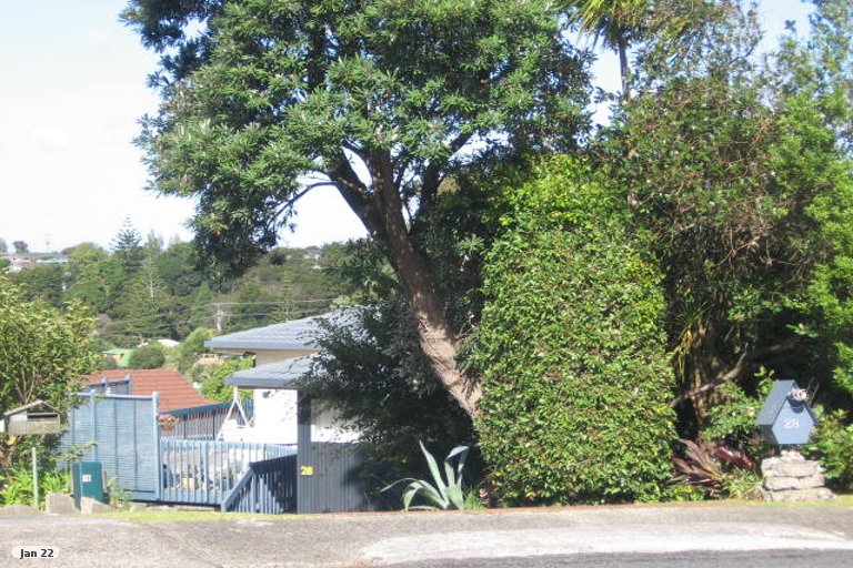 Photo of property in 28 Greendale Spur, Glenfield, Auckland, 0629