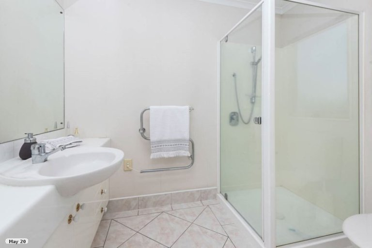 Property photo for 1 Montecito Place, Golflands, Auckland, 2013
