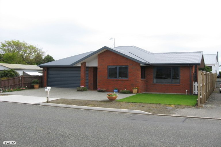 Photo of property in 35 Point Road, Monaco, Nelson, 7011
