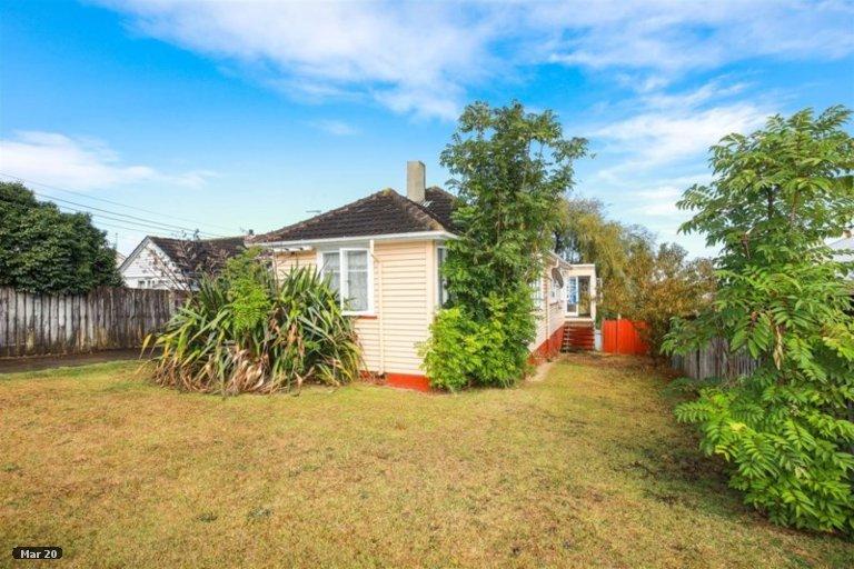 Property photo for 14 Ainslie Road, Paeroa, 3600