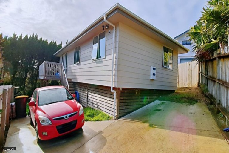 Property photo for 148A Aviemore Drive, Highland Park, Auckland, 2010