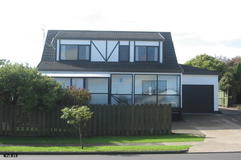 Property photo for 1/86 Aviemore Drive, Highland Park, Auckland, 2010