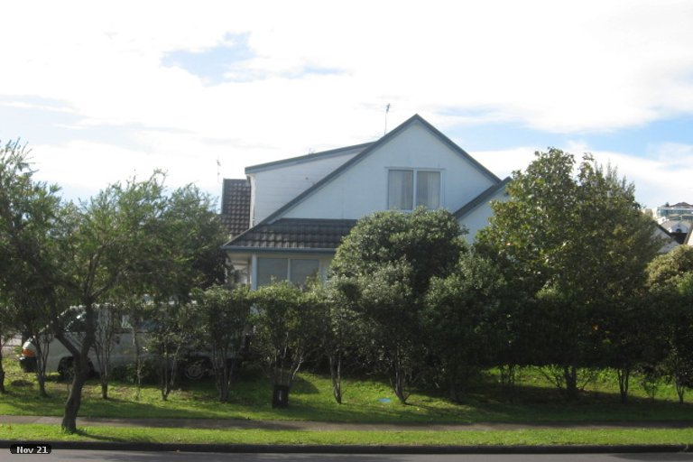 Property photo for 1/84 Aviemore Drive, Highland Park, Auckland, 2010