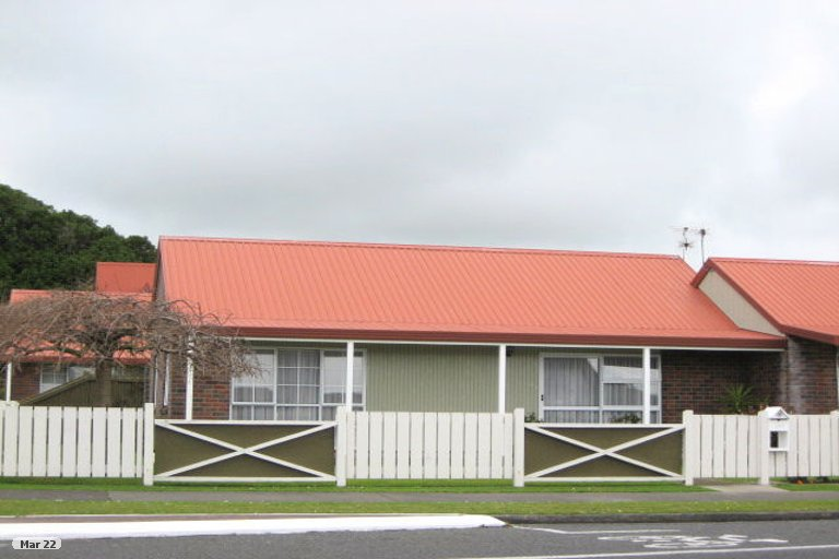 Photo of property in 109 Cumberland Street, Welbourn, New Plymouth, 4312