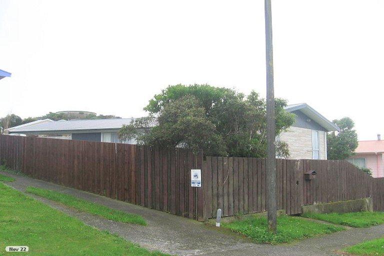 Photo of property in 72 Conclusion Street, Ascot Park, Porirua, 5024