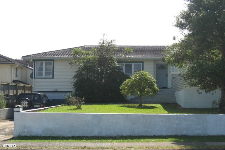 Property photo for 26 Reeves Road, Pakuranga, Auckland, 2010