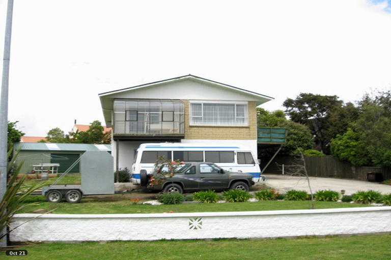 Photo of property in 31 Martin Street, Monaco, Nelson, 7011