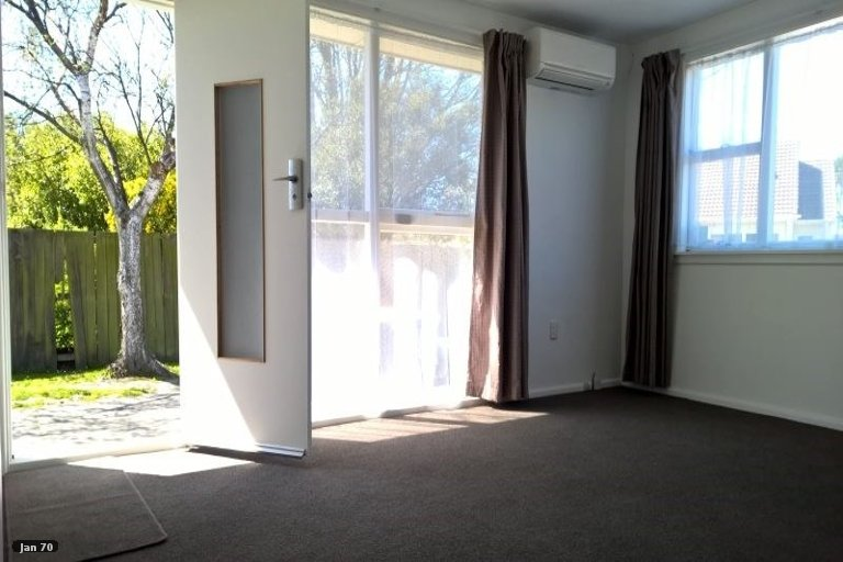Property photo for 1/90 Garlands Road, Woolston, Christchurch, 8023