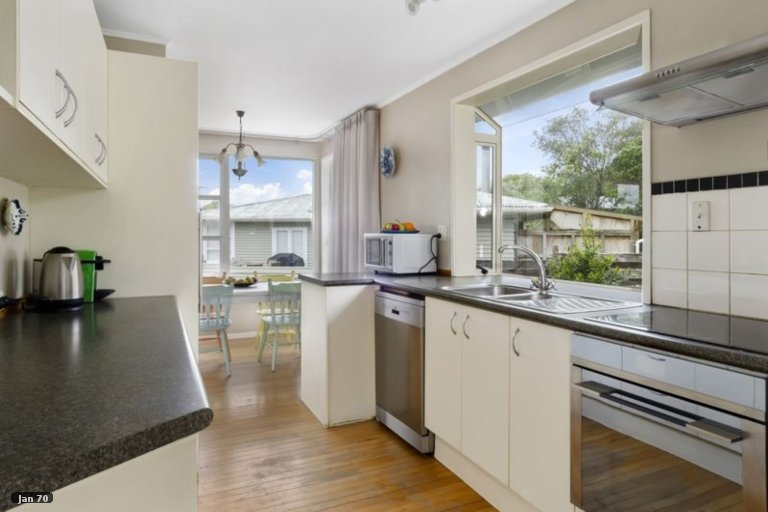 Property photo for 4 Infidel Place, Torbay, Auckland, 0630