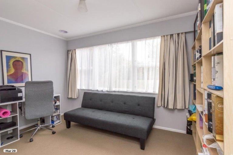 Property photo for 6 Wills Crescent, Ashhurst, 4810