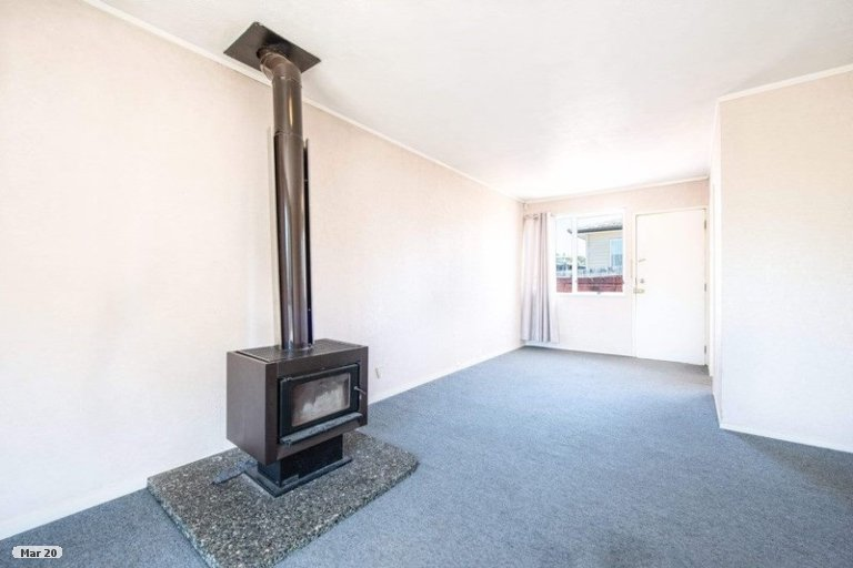 Property photo for 2/116 Seabrook Avenue, New Lynn, Auckland, 0600