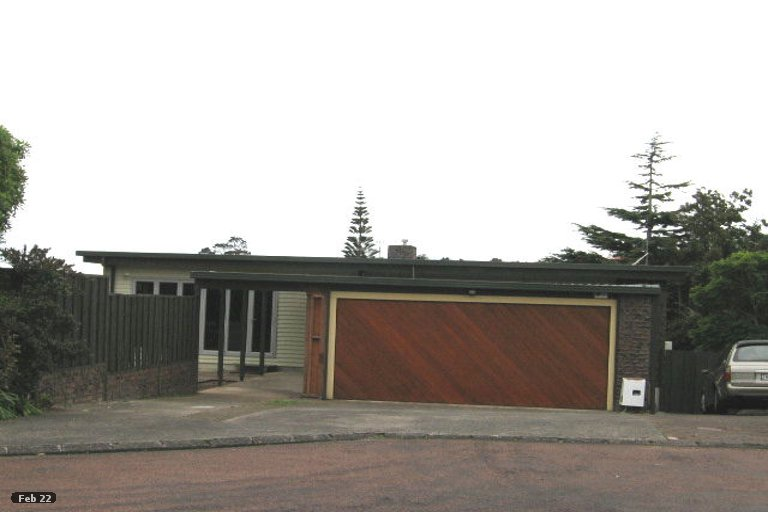 Photo of property in 16 Endymion Place, Half Moon Bay, Auckland, 2012