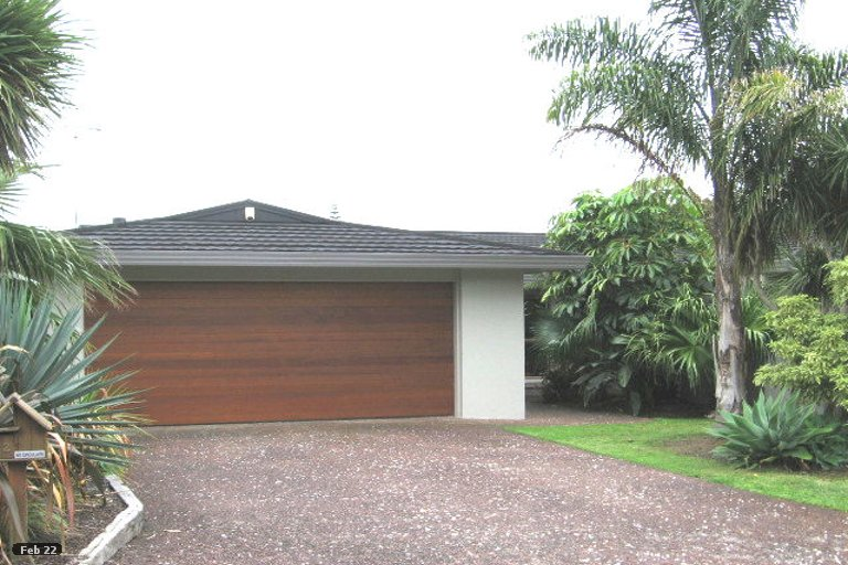 Photo of property in 12 Endymion Place, Half Moon Bay, Auckland, 2012