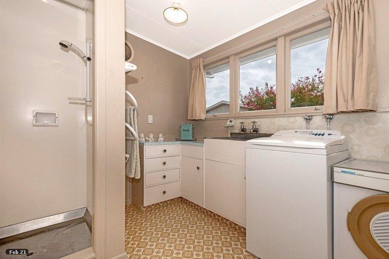 Photo of property in 12 Turenne Street, Inner Kaiti, Gisborne, 4010
