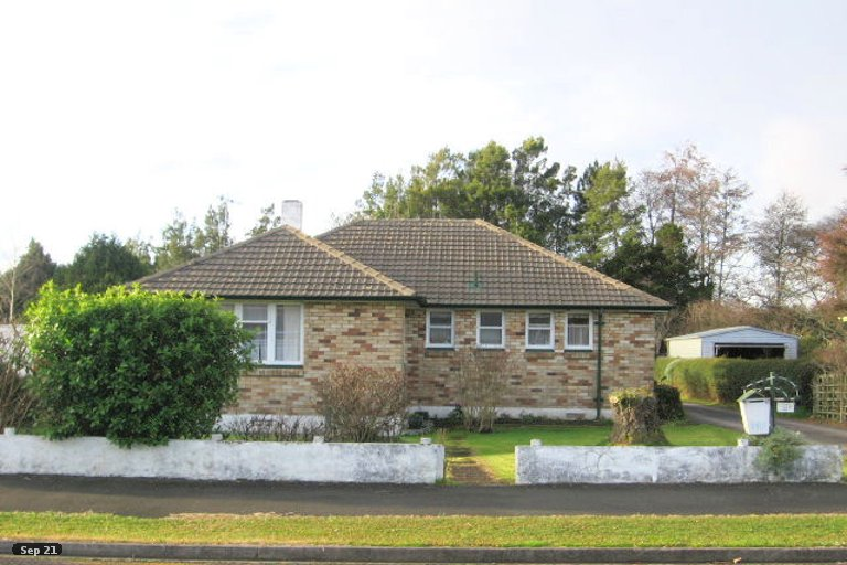 Property photo for 8 Allenby Street, Bader, Hamilton, 3206