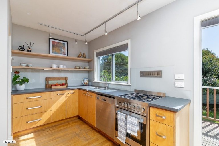 Photo of property in 34A Tipahi Street, Nelson South, Nelson, 7010
