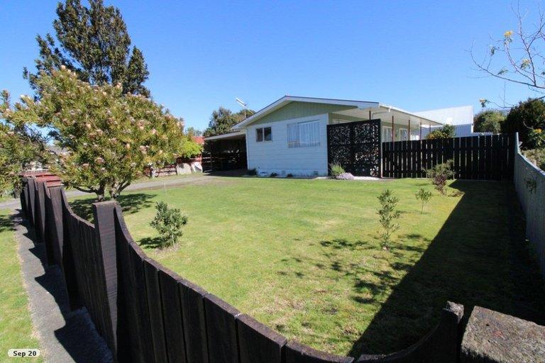 Photo of property in 36 Herrington Street, Foxton, 4814