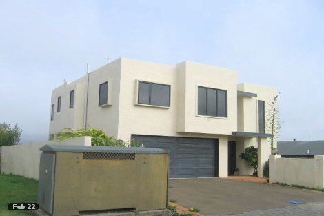Photo of property in 17 Doncaster Terrace Ascot Park Porirua City