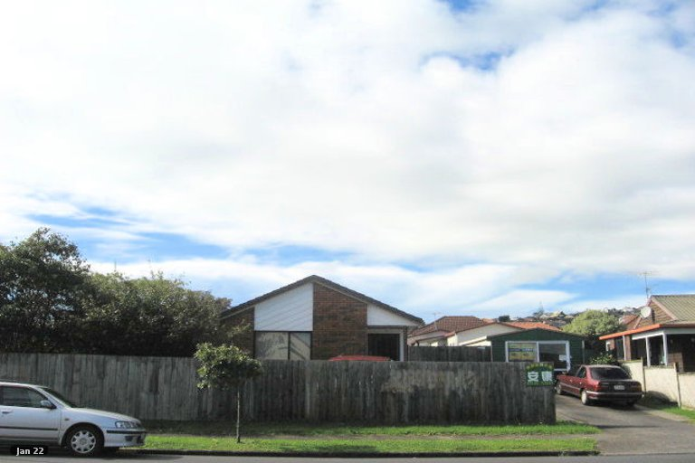 Property photo for 58 Aviemore Drive, Highland Park, Auckland, 2010