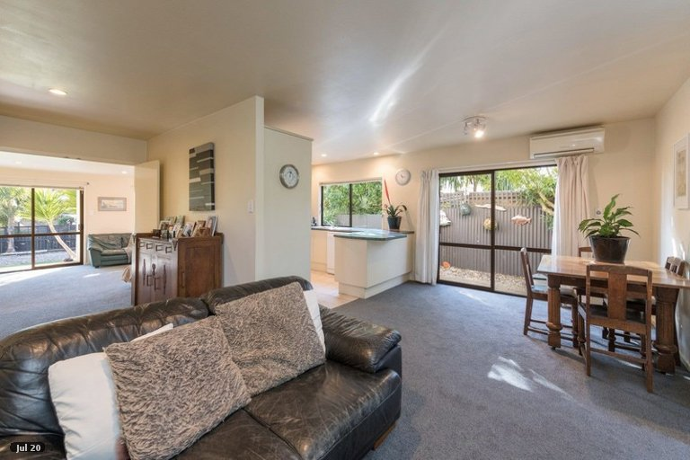 Photo of property in 15 Martin Street, Monaco, Nelson, 7011