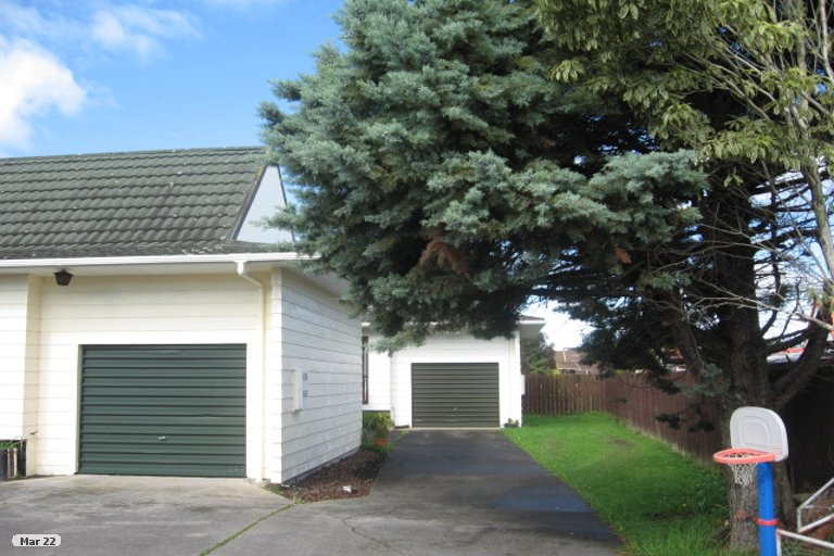 Property photo for 1/46 Aviemore Drive, Highland Park, Auckland, 2010