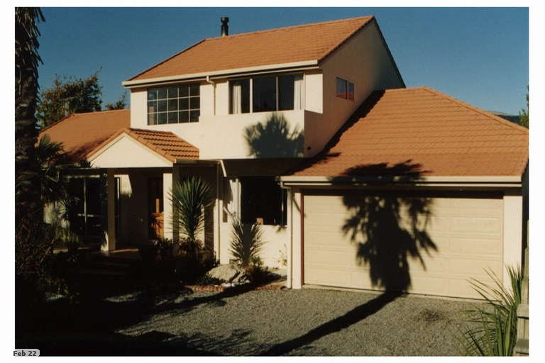 Photo of property in 33 Martin Street, Monaco, Nelson, 7011