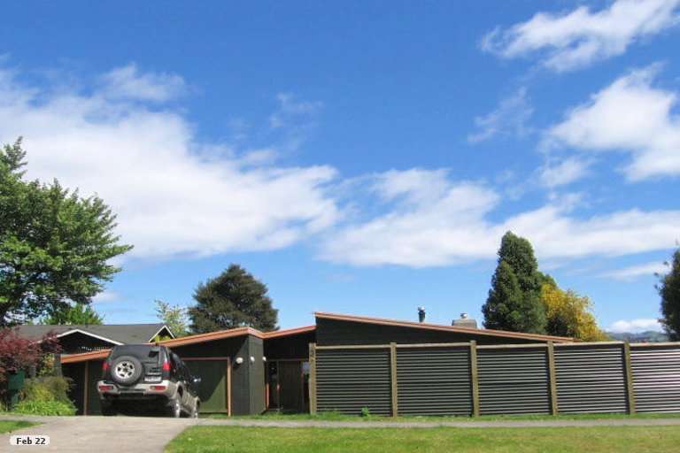 Photo of property in 3 Kurupae Road, Hilltop, Taupo, 3330