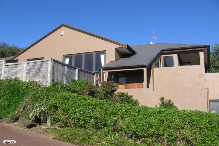 Property photo for 18 View Ridge Drive, Ranui, Auckland, 0612