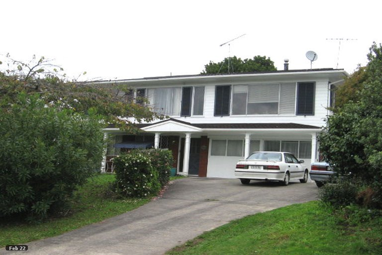 Photo of property in 23 Endymion Place, Half Moon Bay, Auckland, 2012