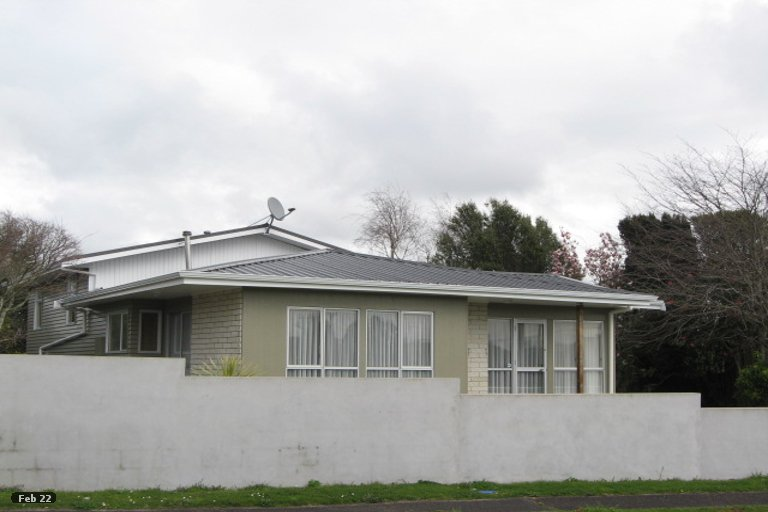 Photo of property in 4 Evelyn Place, Welbourn, New Plymouth, 4310