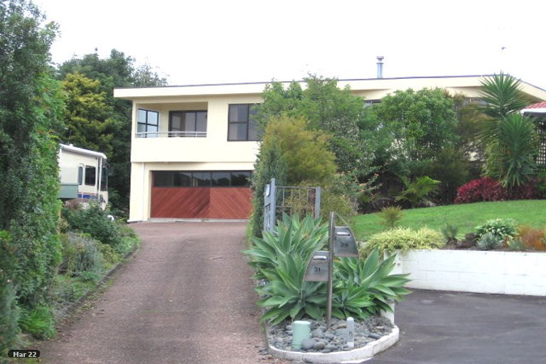 Property photo for 31 Endymion Place, Half Moon Bay, Auckland, 2012