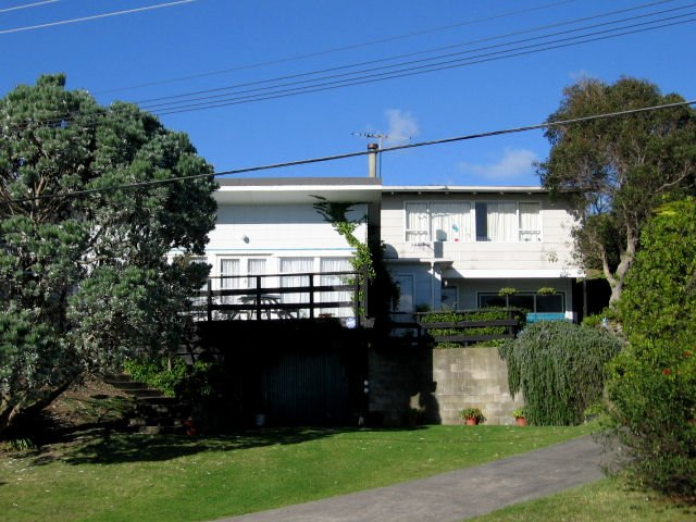 Property Details For 8 Queens Road Waikanae Beach 5036