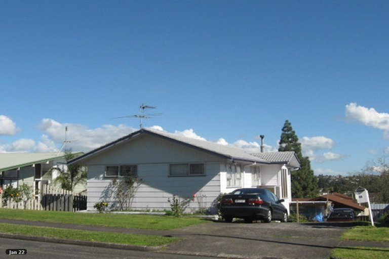 Photo of property in 34 Lewisham Street, Highland Park, Auckland, 2010