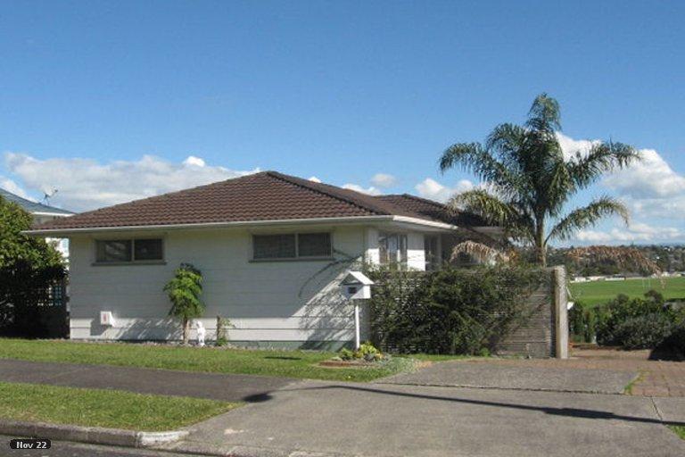 Property photo for 28 Lewisham Street, Highland Park, Auckland, 2010