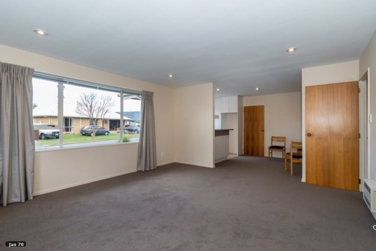 Property photo for 2/4 Empress Place, Halswell, Christchurch, 8025