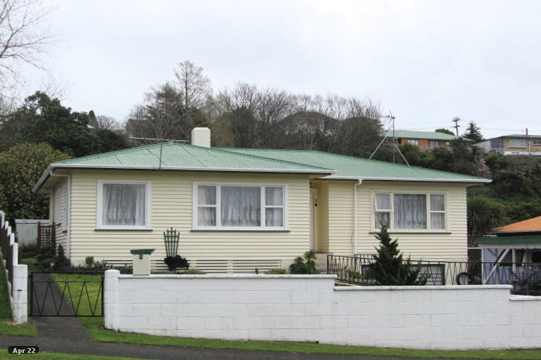 Photo of property in 5 Thames Street, Welbourn, New Plymouth, 4310