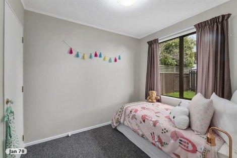 Photo of property in 9 Doncaster Terrace Ascot Park Porirua City