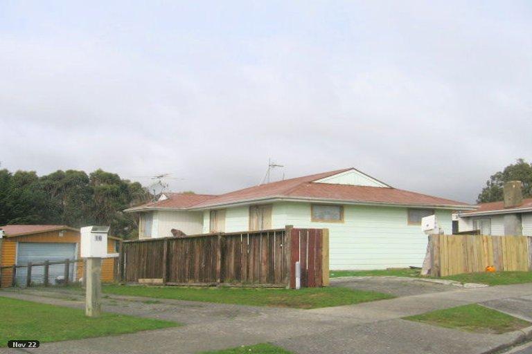Photo of property in 14 Dalray Place, Ascot Park, Porirua, 5024