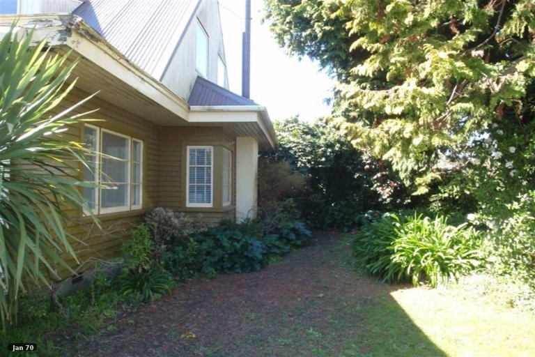 Property photo for 27 Tavender Street, Woolston, Christchurch, 8023