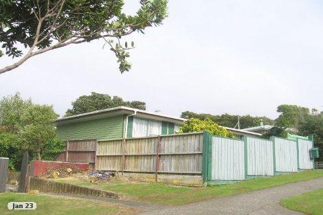 Photo of property in 7 Beaumaris Crescent Ascot Park Porirua City